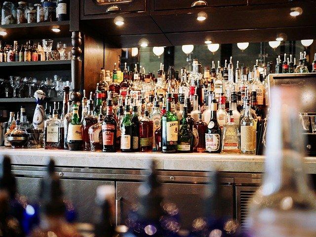 בחירת חנות משקאות לקניית אלכוהול לאירועים